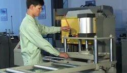 KT-313J Serra de entalhar de três lâminas para Sanitary Ware Meterials
