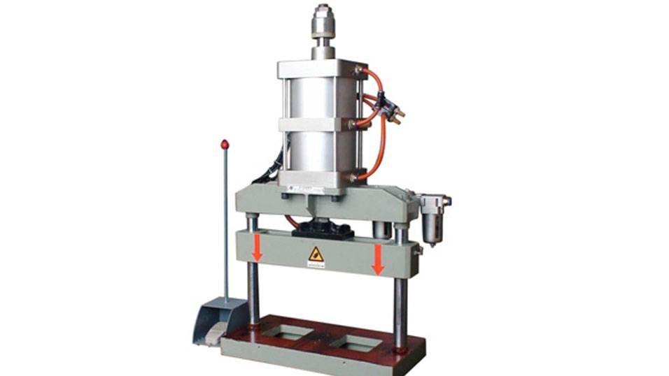 kingtool aluminium machinery KT-373C Pnumatic Punching Machine for Aluminum Profile Aluminum Punching Machine image5